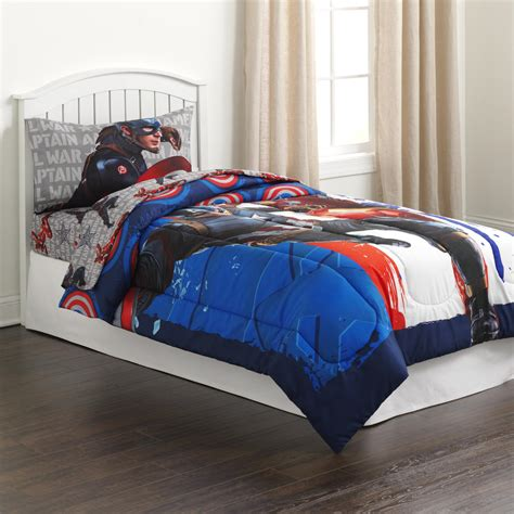 Captain America Bedroom by Captain America Bedding Totally Totally Bedrooms
