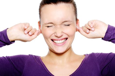 itchy ears home remedy 5 home remedies for an itchy ear home remedies