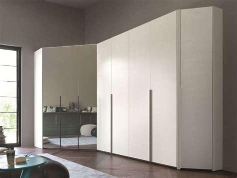 armadio ad angolo mobili ad angolo foto 3 40 design mag