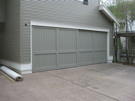 craftsman garage door craftsman style garage doors homesfeed
