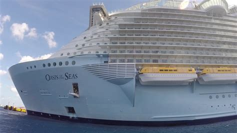 royal caribbean largest ship royal caribbean oasis of the seas 2nd largest cruise ship