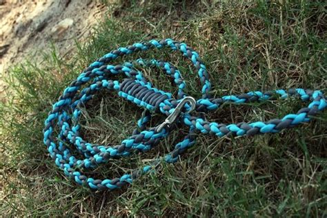 how to leash a how to make a paracord leash tips and gudelines