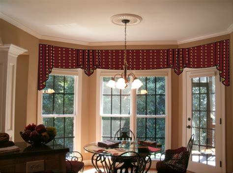 kitchen bay window curtain ideas window treatments for a bow window window treatments