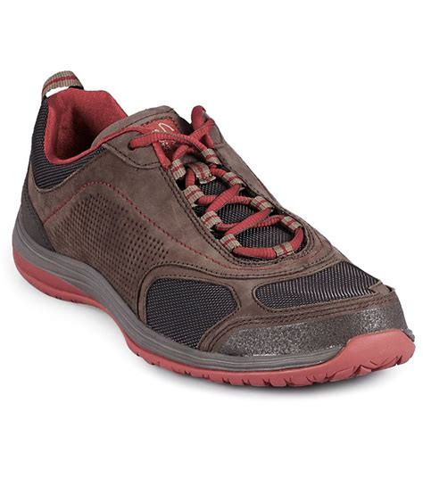 buy clarks brown sports shoes for snapdeal