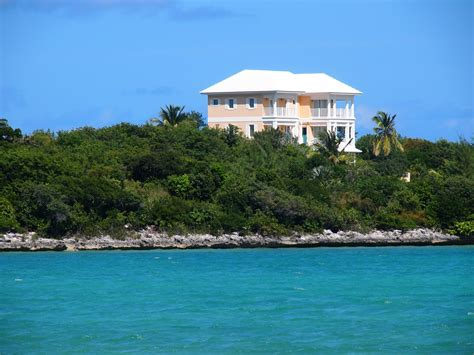 buy house bahamas things you should know before buying bahamas real estate