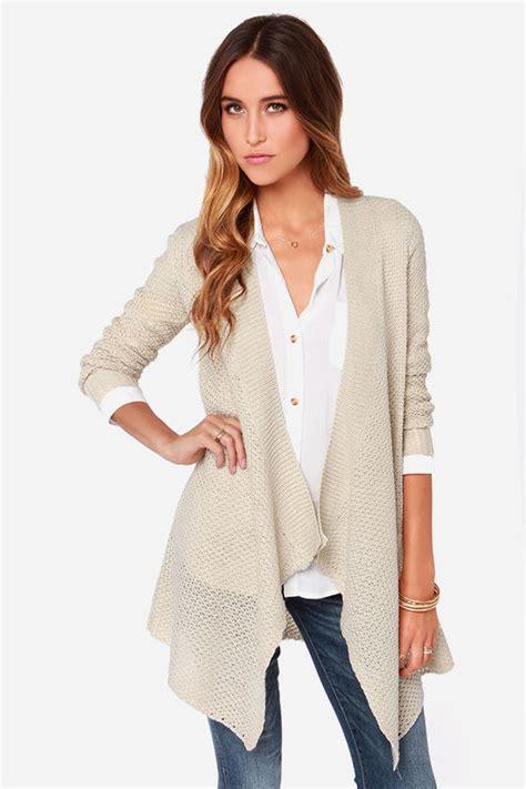 Dakota Sweater Ori Lava bb dakota howell beige cardigan sweater where to buy how to wear
