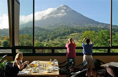 vulcano camino volcano from arenal kioro restaurant camino travel