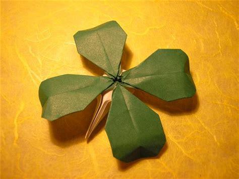 Origami Clover - origami for everyone