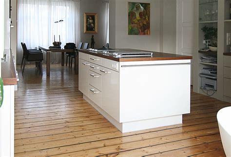 küche im küchenstil natursteinwand wohnzimmer
