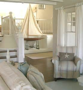 Beach Cottage Design Molly Frey S White Seaside Cottage Home At The Beach