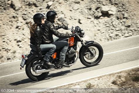 Classic Motorrad Schweiz by Essai Moto Guzzi V7