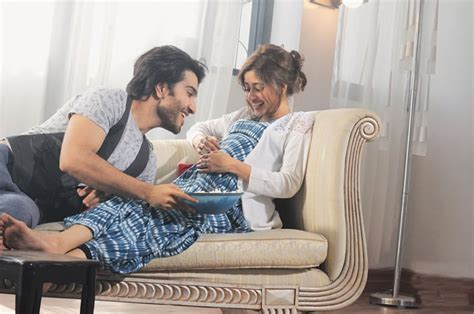 sajal ali family frontrow family drama to the fore newspaper dawn com