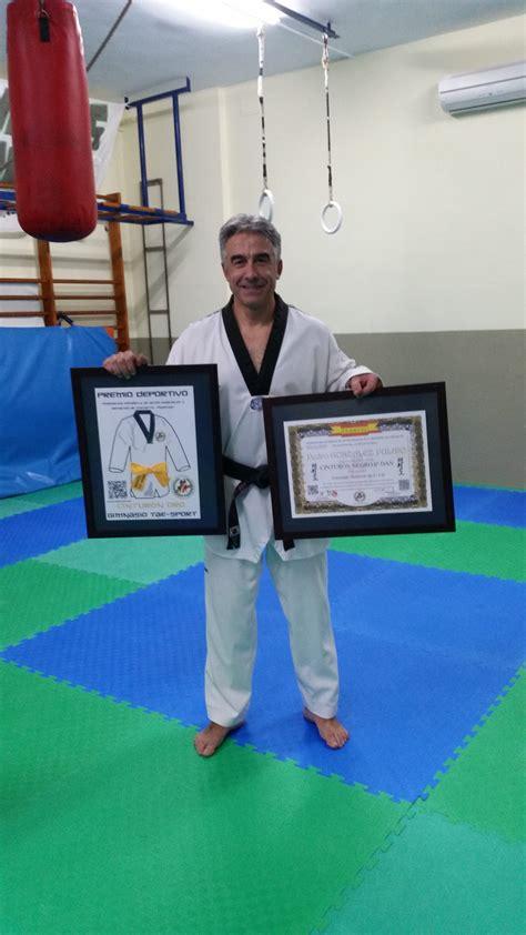 imagenes comicas de karate pedro gonz 225 lez p 250 lido federaci 243 n espa 241 ola de artes