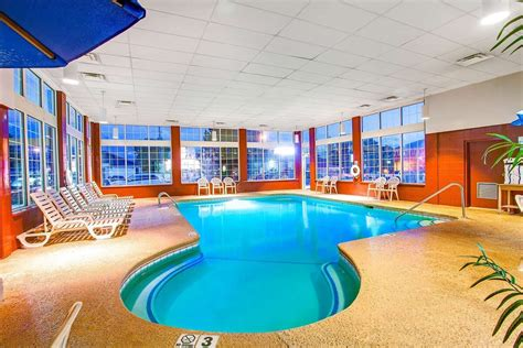 how to find hotel indoor pool online for your summer hotels with indoor pools from gatlinburg to pigeon forge