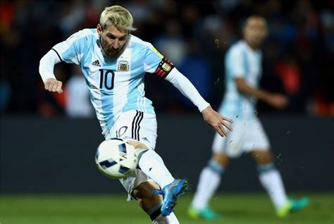 lionel messi argentina world cup messi helps argentina beat uruguay in world cup 2018