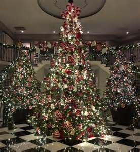 kris jenner 2015 christmas tree see photo gossip cop