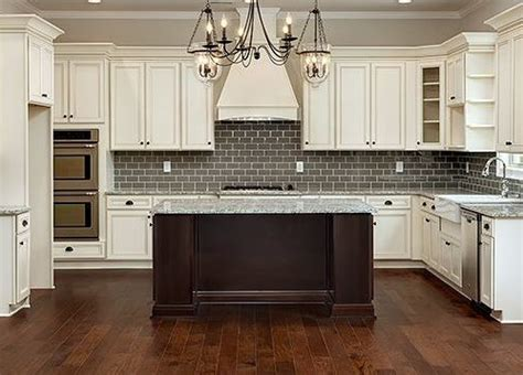 pictures of country kitchens with white cabinets cumberland antique white country kitchen cabinets