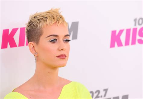 katy perry explains why she cut her hair popsugar beauty