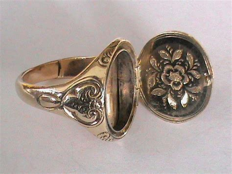 antique 19thc 9k gold agate seal poison ring all