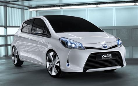 Toyota Yaris 2014 Dashmat 2014 Toyota Yaris Image 18