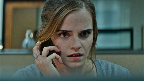 emma watson on the circle the circle first reviews for the dave eggers adaptation