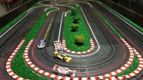 Track Car car track www pixshark images galleries with a bite