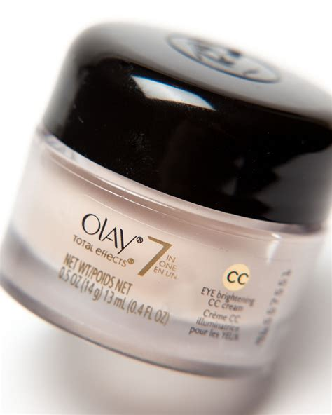 Ms Glow Eye Circle review swatches ingredients olay total effects