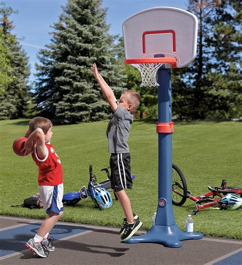Sports You Can Play In Your Backyard by 5 Toys Can With Step2