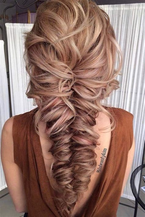 Hairstyles For Hair For Homecoming by Best 25 Prom Hairstyles Ideas On Hair Styles