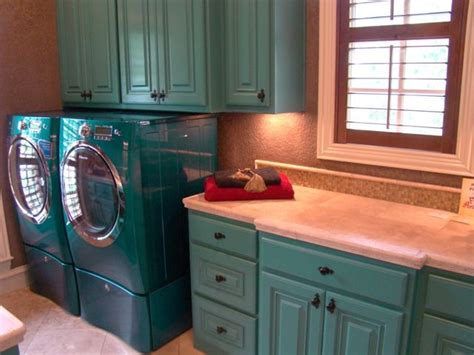 fun brightly colored laundry room love turquoise home pinterest teal laundry rooms colors laundry