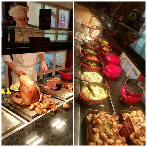 Last Day For Christmas Decorations Have A Day Off With Toby Carvery Manicmumday Manchester