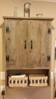 rustic medicine cabinets for the bathroom pin by danielle ruht on cabin cozy