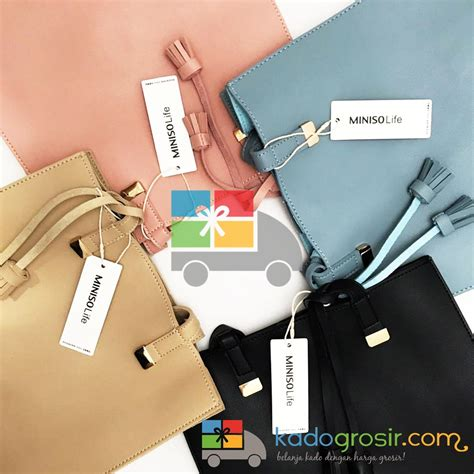 Miniso Totebag 1 tas shoulder wanita shoulder bag with tassels miniso