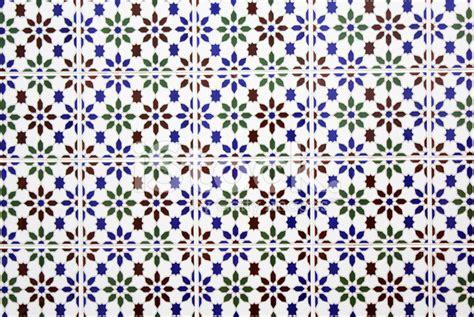 zocalo azulejo andaluz azulejos andaluz de una casa fotograf 237 as de stock