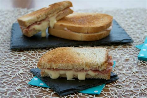 toast senza tostapane toast in padella ricetta veloce