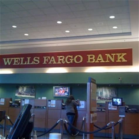 fargo bank hours fargo bank banks credit unions downtown