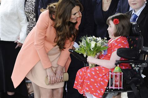 kate middleton visits house children s hospice