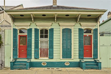 new orleans shotgun house shotgun house new orleans 4 13 2009 these cottages wer flickr