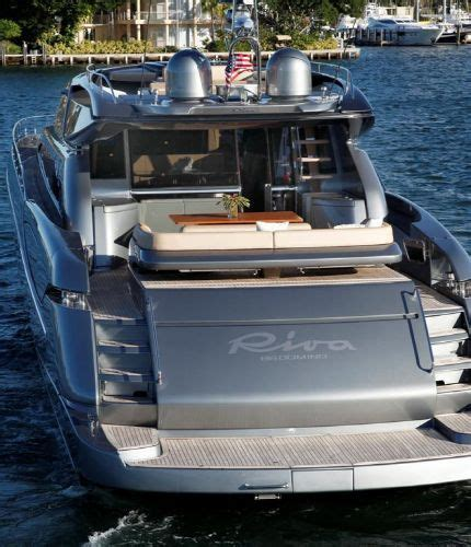 kenny chesney boat video the boat in kenny chesney s come over kenny pinterest