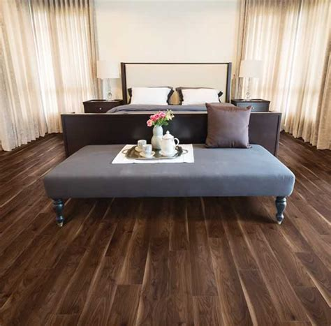 Black Walnut 516   IVC US Floors