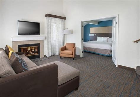 two bedroom suites in philadelphia 2 bedroom hotel suites in philadelphia pa residence inn
