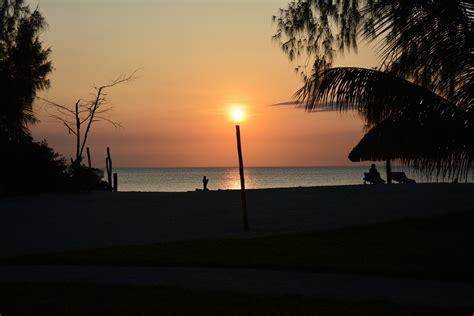 turisti per caso zanzibar tramonto a nungwi viaggi vacanze e turismo turisti per