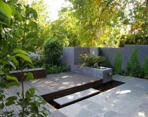 moderne gärten mit wasser 111 gartengestaltung bilder und inspiriеrende ideen f 252 r sie