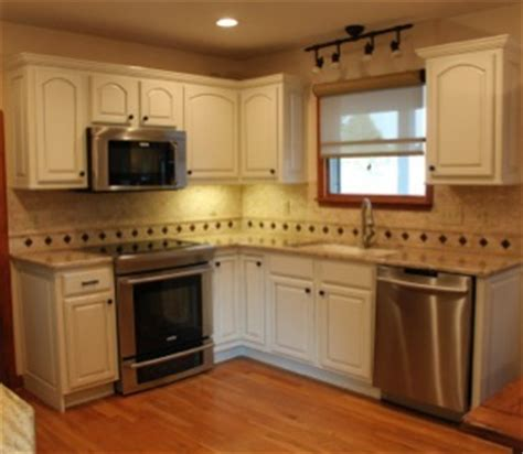 how to paint existing kitchen cabinets headley s kitchen cabinet painted finishes 513 218 1139