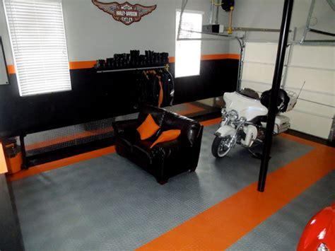 cool garage pictures cool garages here s a cool garage with a harley