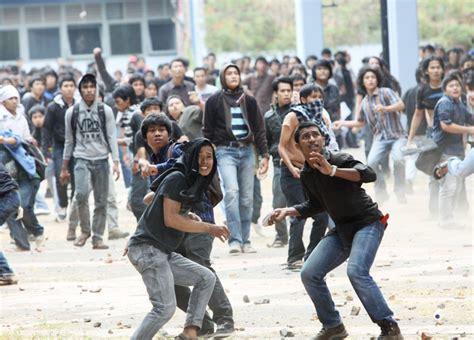 kasus masalah sosial di indonesia cumikhsan