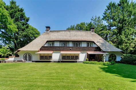 huizen te koop laren huis te koop derkinderenlaan 24 26 1251 em laren nh