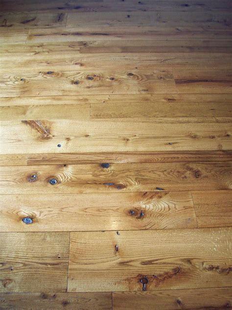 antique reclaimed oak t&g barn wood floor in varying