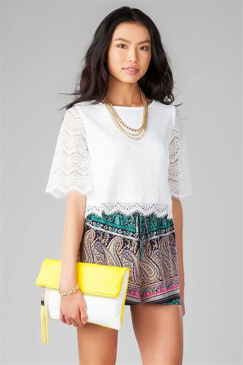 White Tassel Top Cl 1375 fold clutch s