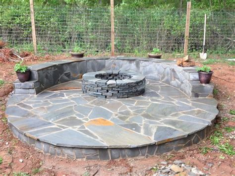 Flat Rock Fire Pit - stone veneer fire pit patio